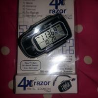 4X Razor Digital Pedometer by Ozeri  #2014HolidayGiftGuide