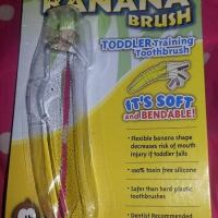Baby Banana Brush - Review & Giveaway Ends 11/23