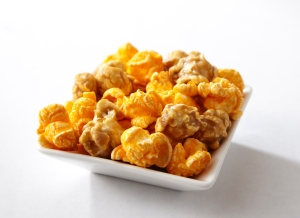 ChicagoMixPopcorn in bowl_300dpi