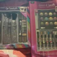Hard Candy: Great Gifts for Teens and Moms! #2015HolidayGiftGuide #StockingStuffers #Cosmetics #NailArt